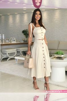Semi Casual Outfit Women, Casual Fall Outfits, Classy Outfits, Trendy Outfits, Semi Casual Dresses, Mode Outfits, Skirt Outfits, Fashion Outfits, Look Fashion