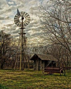 Old Farm windmill Country Barns, Country Life, Country Roads, Farm Windmill, Old Windmills, Country Scenes, Water Tower, Old Farm, Le Moulin