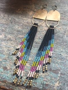 Ethnic necklace adornment with white beads and tree seed and matching earrings