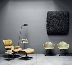 Eames lounge Chair and Ottoman Eames, Gray Interior, Interior Design, Love Chair, Cool Coffee Tables, Mid Century Modern Design, Chair And Ottoman, Grey Walls, Interior Architecture
