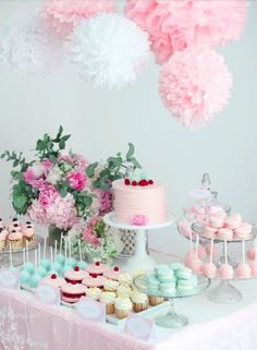 Baby shower sweet table in pastel with peonies - Todo Para la Fiesta Dessert Table Birthday, Birthday Desserts, Birthday Decorations, Baby Shower Decorations, Birthday Parties, Dessert Tables, Cake Table, Table Decorations, Baby Shower Candy
