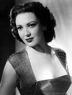 Linda Darnell, the Youngest Leading Lady in Film History Hollywood Actor, Golden Age Of Hollywood, Vintage Hollywood, Hollywood Glamour, Hollywood Actresses, Classic Hollywood, Actors & Actresses, Hollywood Stars, Hollywood Icons