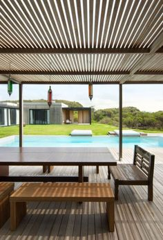 Contemporary timber and concrete beach house in Uruguay | Designhunter - architecture & design blog