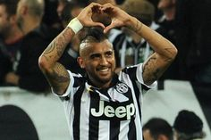 Arturo Vidal Photos - Arturo Vidal of Juventus FC celebrates the goal of during the Serie A match between Juventus FC and AC Cesena at Juventus Arena on September 2014 in Turin, Italy. - Juventus FC v AC Cesena Football Latest, Jeep Photos, Juventus Fc, Turin, Manchester United, Real Madrid, Competition, The Unit, Celebrities