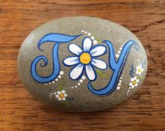 "Painting rocks or easy painted rock ideas with positive messages is something I love to do! Hand painted river rocks in various themes, colors, patterns and positive sayings. Perfect for gifts or to ""artfully abandon"" to brighten someone's day. Rock Painting Patterns, Rock Painting Ideas Easy, Rock Painting Designs, Pebble Painting, Pebble Art, Stone Painting, Painted Rocks Craft, Hand Painted Rocks, Painted Stones"