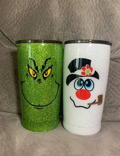 Diy Tumblers, Custom Tumblers, Christmas Tumblers, Wine Painting, Glitter Cups, Tumbler Designs, 3d Projects, Disney Dream, Tumbler Cups