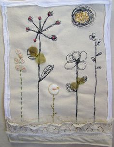 Mini quilt by Roben Marie lovely Free Motion Embroidery, Free Machine Embroidery, Embroidery Applique, Embroidery Ideas, Small Quilts, Mini Quilts, Fabric Journals, Textiles, Art Textile