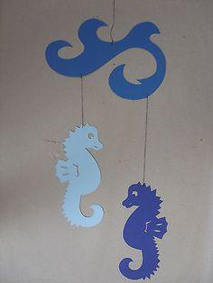 Fensterbild  Kette Mobilee Tonkarton Seepferdchen m. Wellen   blau • EUR 1,50