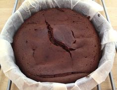 Tarta de chocolate de sólo 3 ingredientes (sin harina)