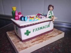 Pharmacy cake - Cake by camelialeordean74