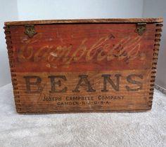 Diy Wood Box, Wood Boxes, Vintage Crates, Bois Diy, Wood Crates, Transport, Old Wood, Hope Chest, Vintage Advertisements