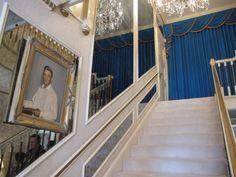A escada para o segundo andar de Graceland