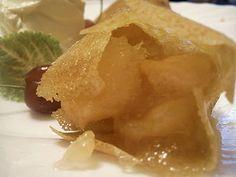 Clatite cu gem de gutui  (Crêpes filled with quincy jam)