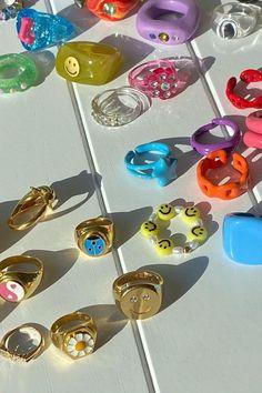 Nail Jewelry, Funky Jewelry, Cute Jewelry, Jewelery, Jewelry Accessories, Jewelry Design, Chunky Rings, Resin Ring, Cute Rings