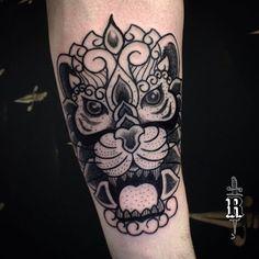 Primeira tatuagem do @alvarozanella, muito obrigado pela confiança cara.  ---------------- #broncotattoo #tattoo #tatuagem #tattoaria #pontilhismo #dotwork #blackwork #blackworkerssubmission #darkartists #btattooing #curitiba #onlyblackart #inkstinctsubmission #tattrx #Equilattera #tattoodo #ideafixa #electricink #theartoftattoos #InspirationTatto #tattoo2me #blackboldsociety