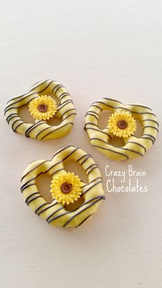 Sunflower Pretzels 12 by CrazyBrainChocolate on Etsy Sunflower Birthday Parties, Sunflower Party, Sunflower Baby Showers, Sunflower Weddings, Wedding Ideas Using Sunflowers, Haylie Duff, Sweet 16 Parties, Grad Parties, Bachelorette Parties