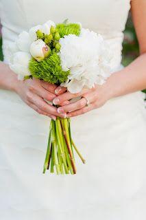 Wedding Bouquet. www.bloomsandblossomsfloral.com