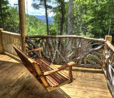 Wouldn't you love to wake up to this view every morning? Awesome verandah swing!