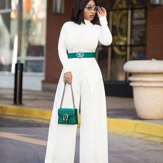 Winter white BLOGGEDLink in bio Wednesday⚪⚪⚪ #chicamastyle #chicadiva #bloggerchic #bloggerstyle #bloggerstylefashion #blogger #fashionbloggerstyle #fashionph #fashion #fashionblogger #fashiongram #fashionaddict #fashiondaily #fotd #stylechic #styleaddicted #styleblogger #styleaddicted #styleinfluencers #winter #white #turtleneck #top Spain set @fashiontrendyzstore