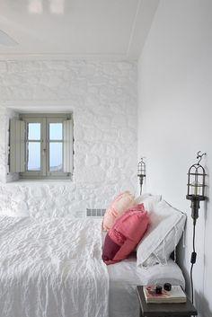 Holiday Home on Nisyros Island in Greece Greek Bedroom, White Bedroom, Home Interior, Interior Design, Greek Decor, Greek House, Coastal Bedrooms, My New Room, Home Design