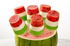 Watermelon Pops recipe - great for summer treats Frozen Desserts, Jello Desserts, Watermelon Popsicles, Watermelon Recipes, Watermelon Cupcakes, Frozen Watermelon, Watermelon Slices, Great Recipes, Kid Lunches