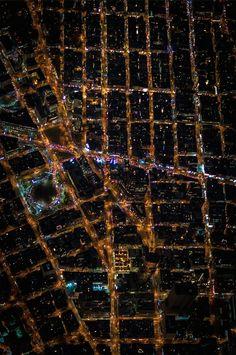 Le foto di New York di notte scattate da un elicottero a oltre 2mila metri di altezza. Il lavoro del fotografo Vincent Laforet
