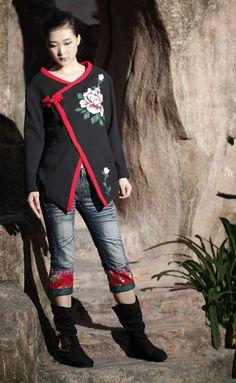 Women Blouse Plus Size Black Shirt Fashion Style by MissLinen, $62.00