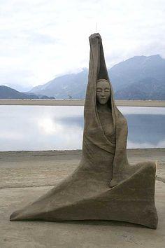 Harrison Hot Springs sand sculpture contest