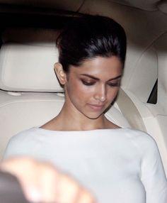 Deepika Padukone at the screening of '2 States'.