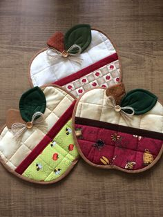 Owl Sewing, Sewing Art, Sewing Crafts, Potholder Patterns, Sewing Patterns Free, Quilt Patterns, Easy Sewing Projects, Sewing Hacks, Sewing Tutorials