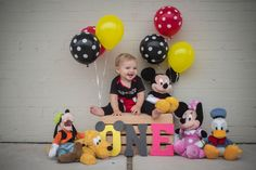 Mickey Mouse 1st Birthday Photos - AEP photography