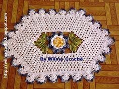 Wilma Crochê: Tapete de crochê branco e azul