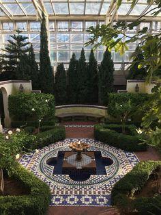 The Arab Garden At The Missouri Botanical Garden Places To Moroccan Garden, Persian Garden, Missouri Botanical Garden, Botanical Gardens, Amazing Gardens, Beautiful Gardens, Landscape Design, Garden Design, Rooftop Garden