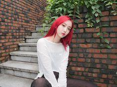 South Korean Girls, Korean Girl Groups, Sinb Gfriend, Summer Rain, G Friend, Queen B, Actors & Actresses, Girlfriends, Pin Up
