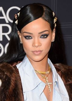 Singer Rihanna attends Black Girls Rock! 2016 on April 1, 2016 in New York City