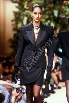 Fall/Winter Looks From The Runway: 1988 Winter Looks, Fall Winter, Le Smoking, Runway Fashion, Fashion Trends, Ysl, Yves Saint Laurent, Blazer, Formal