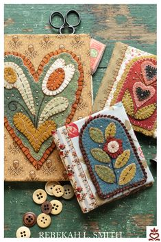 Wool Applique Patterns, Felt Applique, Handmade Notebook, Handmade Books, Sewing Circles, Wool Quilts, Wool Embroidery, Needle Book, Leather Books