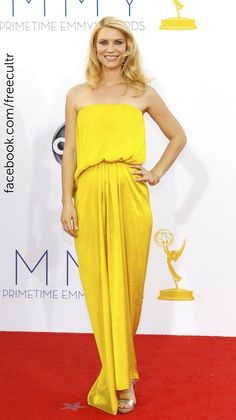 Best Dressed celebrities at Emmy Awards 2012.