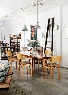 <p>This very cute family home is an old Sydney warehouse own by interior designer Kate Ratner and husband Michael Tait. The industrial style mixed with found treasures make this house very inspiring. Photo – Sean Fennessy production – Lucy Feagin – Read more on The Design Files</p>
