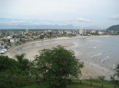 Vista da praia de Guaratuba, litoral do Paraná
