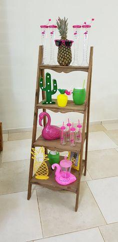 Tropical festa Pink Flamingo Party, Flamingo Birthday, Luau Birthday, Birthday Ideas, Aloha Party, Spa Party, Farm Party, Flamenco Party, Luau Party Decorations