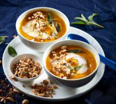 This butternut and turmeric soup is a vegetarian-friendly winner. Vegan Breakfast Recipes, Vegan Recipes Easy, Vegetarian Cooking, Vegetarian Recipes, Turmeric Soup, Lunches And Dinners, Yummy Food, Ethnic Recipes, Soups