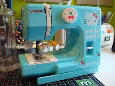 hello kitty sewing machine ^_^