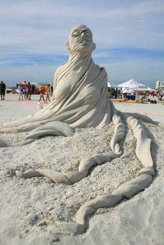 Esculturas da areia Figurativo por Carl Jara por Eva
