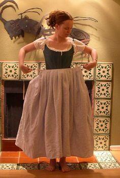 An Easy, Authentic Eighteenth Century Petticoat....DIY