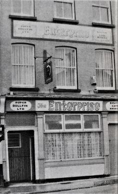 The Enterprise bar at the bottom of barracks street 1988 Old Photographs, Old Photos, South Gate, Cork City, Cork Ireland, Interesting History, Historical Society, History Facts, Bridge