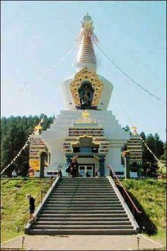 108 foot-tall Great Stupa of Dharmakaya