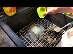 Das Wasser in Spüle, Waschbecken oder Badewanne läuft nicht mehr ab? So kannst du den Abfluss in 2 Minuten reinigen – ganz ohne Chemie! Videos » Haushalt ✅ Putzen ✅ Checkliste ✅