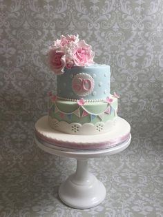 New birthday cake girls for women style 65 ideas Birthday Cake For Mum, Vintage Birthday Cakes, 90th Birthday Cakes, 40th Cake, Birthday Bunting, Vintage Cakes, Birthday Ideas, Cupcakes Decorados, Girly Cakes
