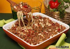 Em 50 minutos esta receita de carne picada com esparguete fica pronta! Os miúdos adoram e nós também ;) https://www.teleculinaria.pt/receitas/carnes/carne-picada-esparguete/?utm_content=buffer58d87&utm_medium=social&utm_source=pinterest.com&utm_campaign=buffer